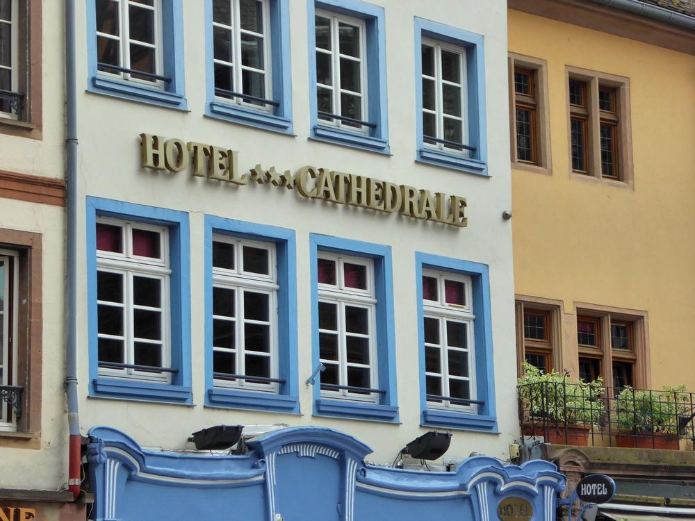Des obus dans les façades strasbourgeoises
